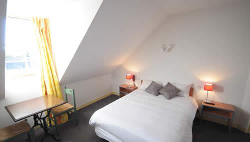Votre chambre à l'hôtel de France de Saint savin